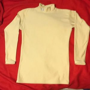 Under Armour Large G/G cold gear Compression Shirt